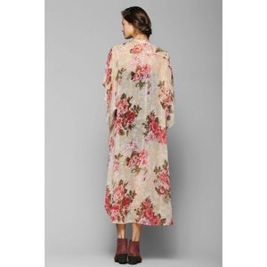 Band of Gypsies Sweaters - BOG Collective Floral Angel Kimono Duster Jacket